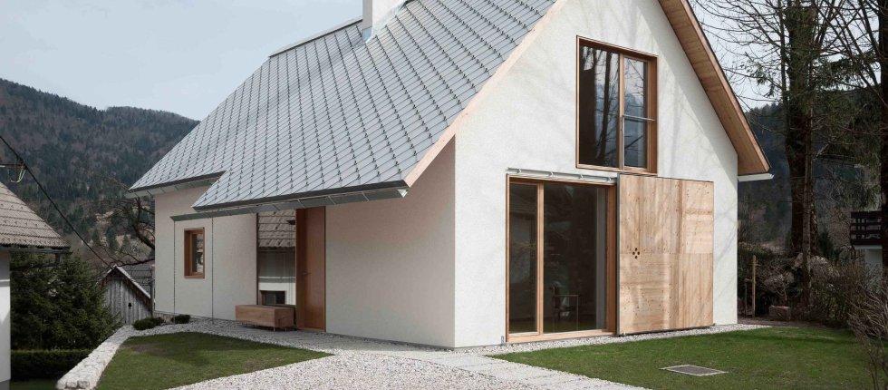 Moderna kuća u Bohinju s tradicionalnim elementima