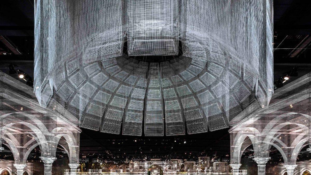 Prozirni paviljon napravljen od čelične mreže (galerija)