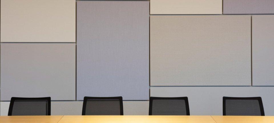 Ručno rađeni akustični paneli koji smanjuju buku u prostoru
