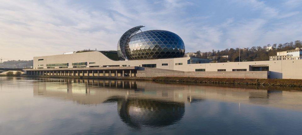 Seine Musicale novi je arhitektonski simbol Pariza