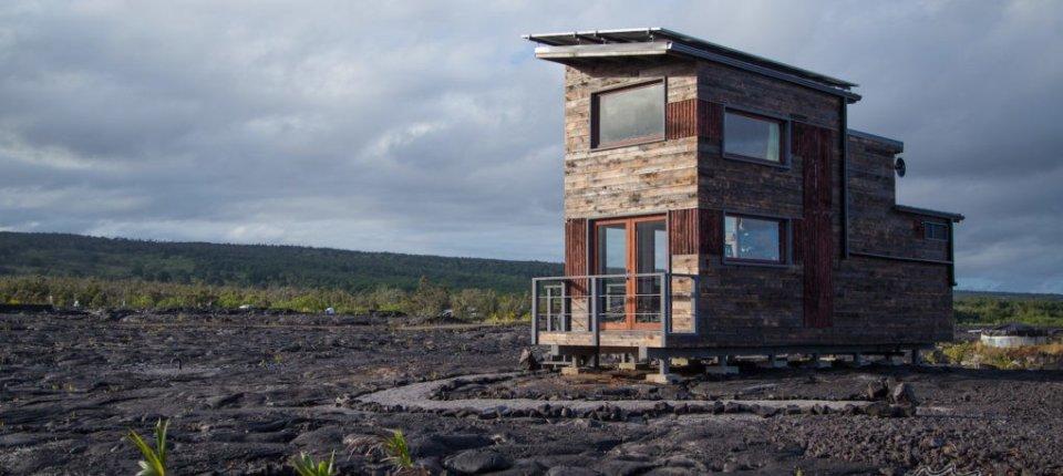 Kuća podignuta u neposrednoj blizini aktivnog vulkana