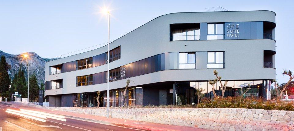 Svetlucavi hotel na dubrovačkoj rivijeri po projektu biroa 3LHD