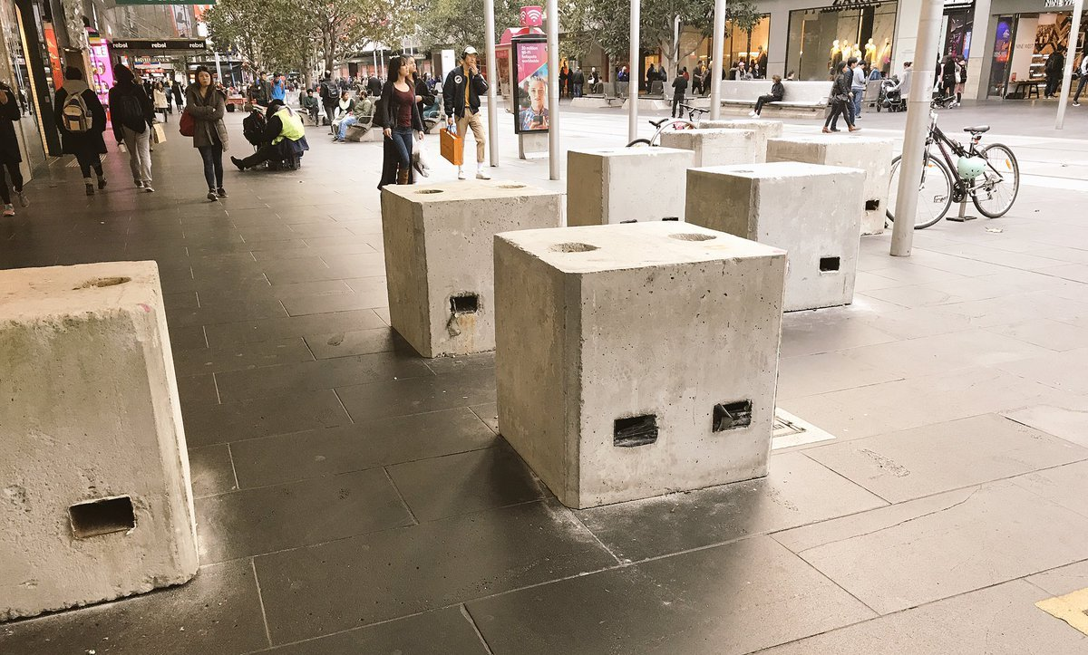 Poznati arhitekta predložio da se protiv terorizma borimo drvećem a ne betonom