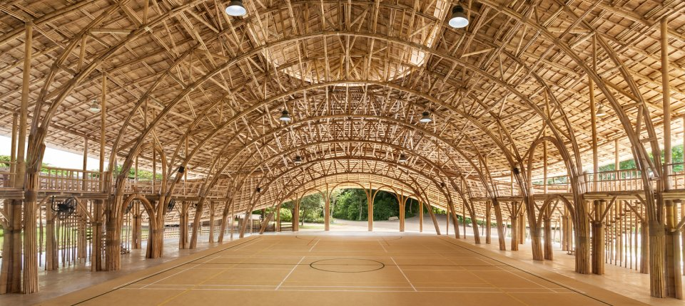 Ovu fiskulturnu salu nose rešetke od bambusa dugačke 17 metara