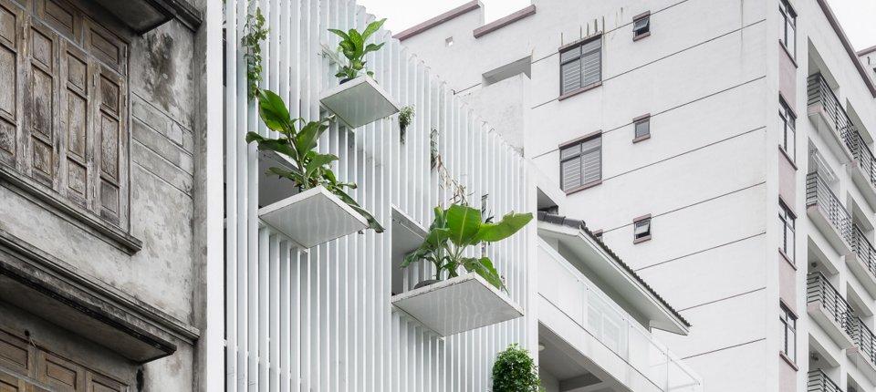 Ova kuća je dobila balkone na kojima nema mesta za ukućane