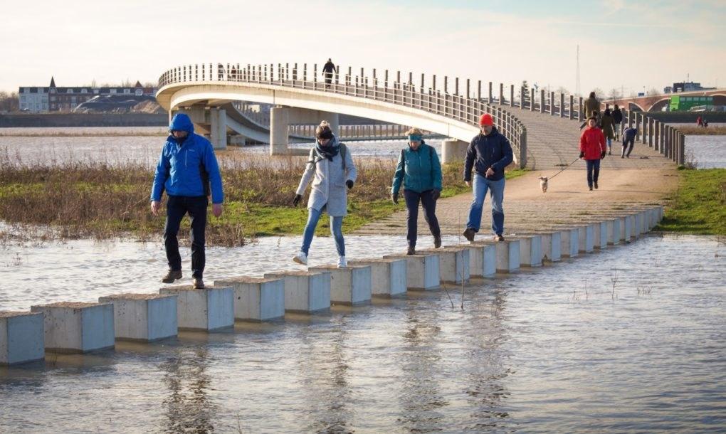 Most koji se ne bori protiv poplava nego im se prilagođava