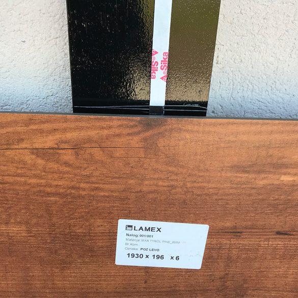 Svaka ploča ima oznaku gde se postavlja