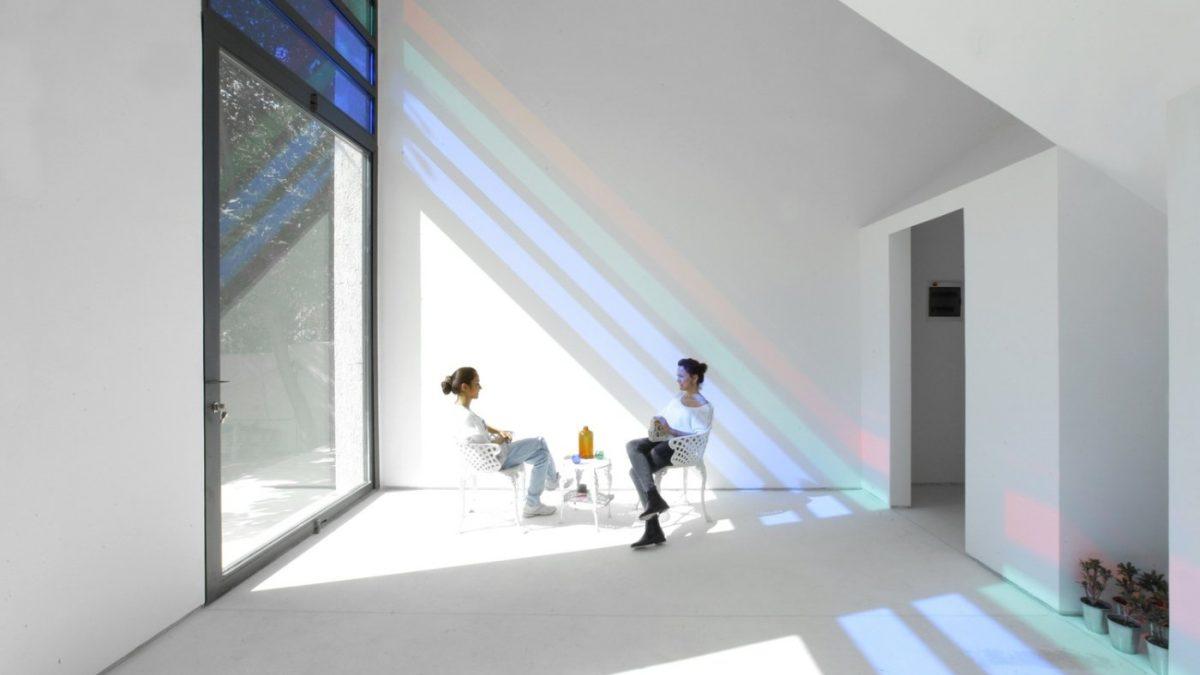 Vila u kojoj jedinu dekoraciju čini igra svetlosti