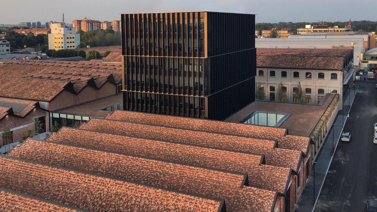 Napuštena vazduhoplovna fabrika u Milanu postala novo sedište Gučija