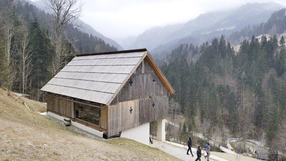 Rekonstrukcija starog seoskog gazdinstva u Sloveniji