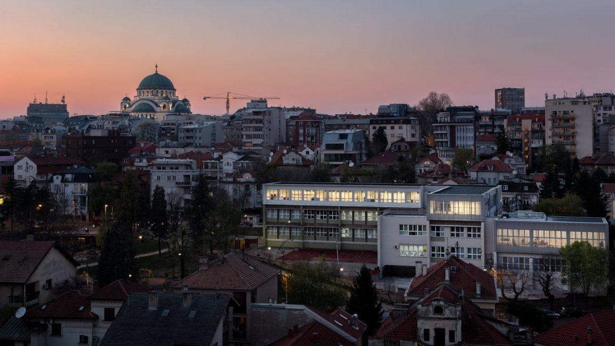 Rekonstrukcija i dogradnja osnovne škole Svetozar Marković na Vračaru