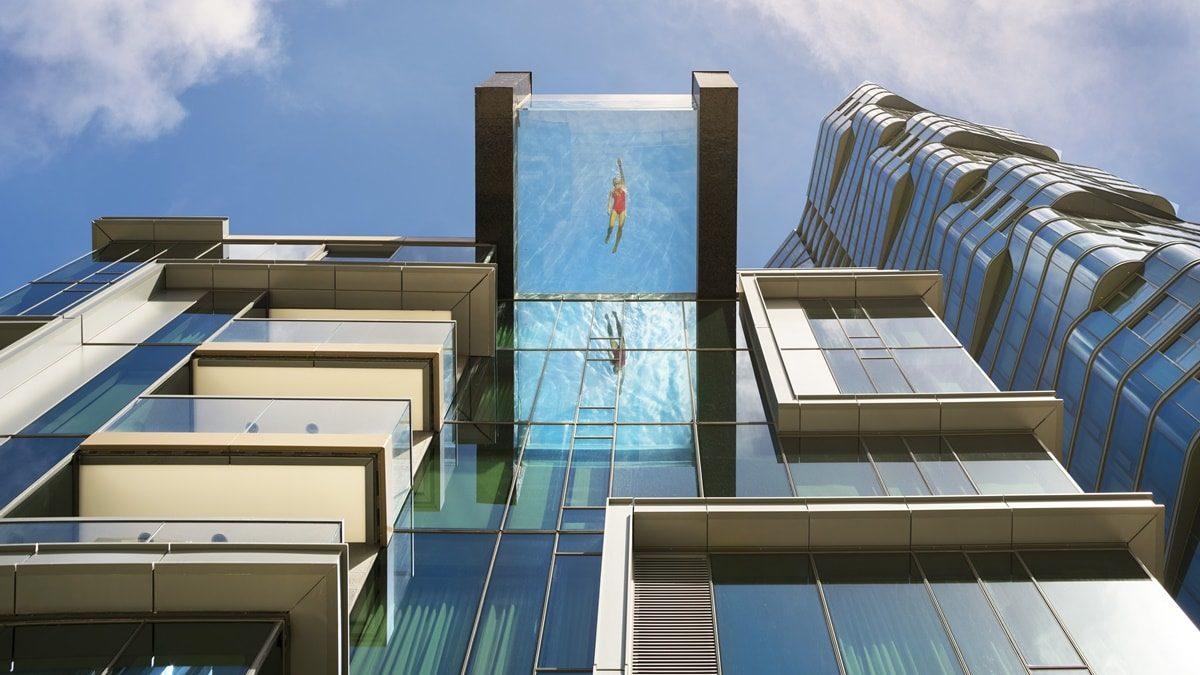 Ovako izgleda providni bazen smešten na sedmom spratu solitera