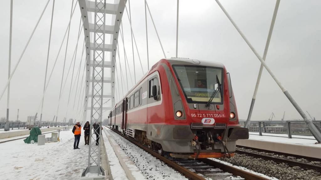 Prvi voz prešao preko novog Žeželjevog mosta