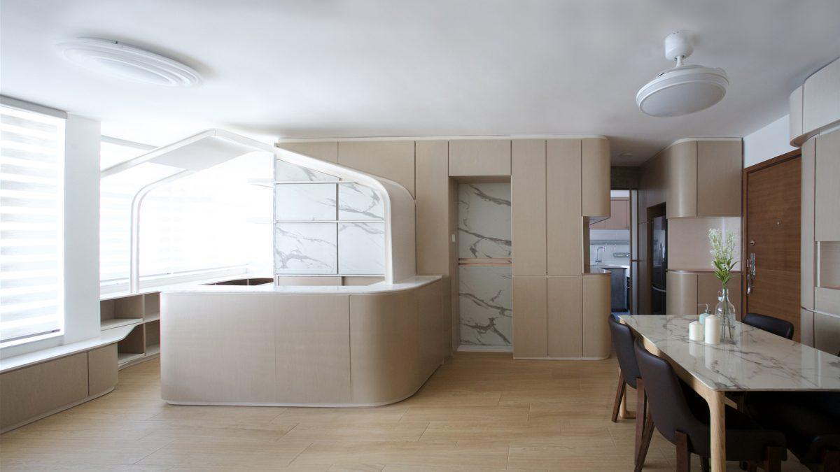 Moderna imitacija seoskog domaćinstva u stanu od 60 kvadrata
