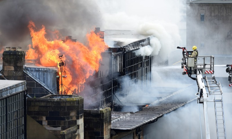Mekintoš u plamenu: Kako je vatra progutala čuvenu umetničku školu u Glazgovu