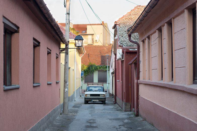 Baranjska je jedna od užih ulica u gradu ali nije najuža; foto: Igor Conić
