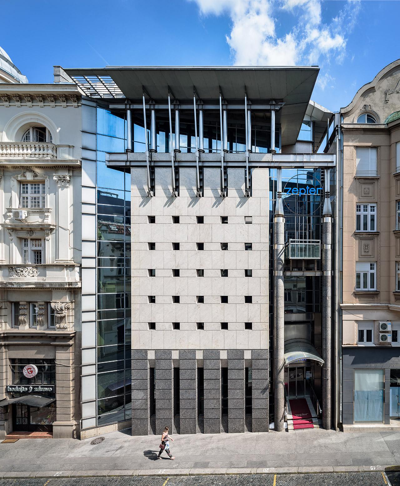 Zgrada Ceptera U Trci Za Beogradsku Lepoticu