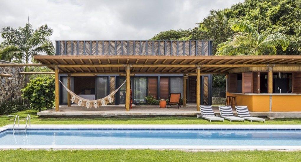 Mediteranska kuća od bambusa koja se hladi vetrovima