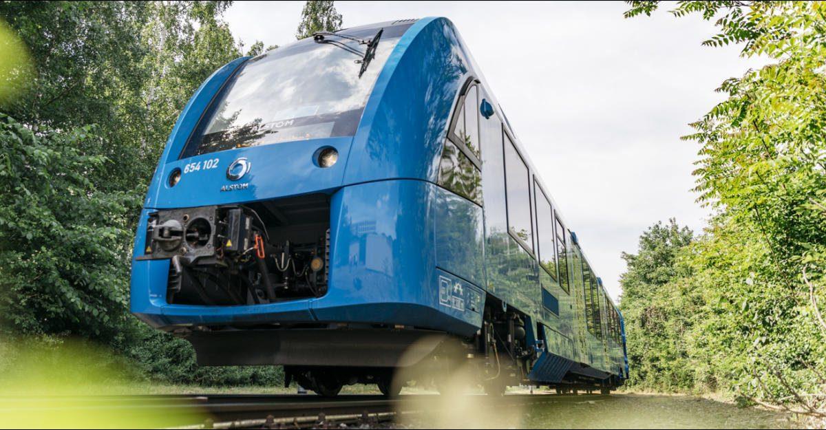 Prvi voz na hidrogenski pogon bez štetnih emisija protutnjao Nemačkom
