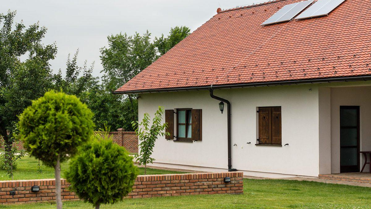 Kako se grade kuće od slame i blata koje su skoro upola jeftinije od zidanih