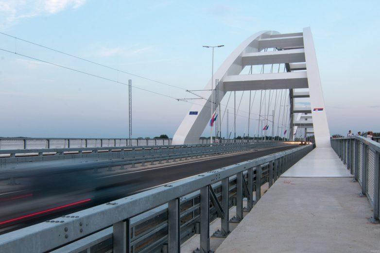 Konačno otvoren! Novi most u Novom Sadu kojeg će svi i dalje zvati Žeželjev most; foto: Igor Conić