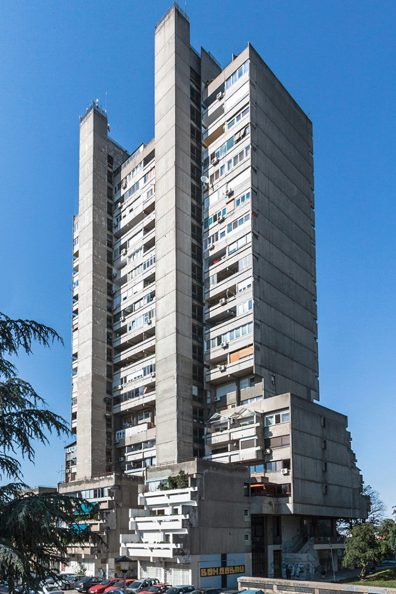 Stambena zgrada na Voždovcu, Stana i Branko Aleksić (1969-1973)