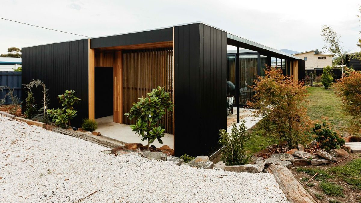 Konstruktivni paneli s izolacijom poslužili za podizanje kuće integrisane u okolinu