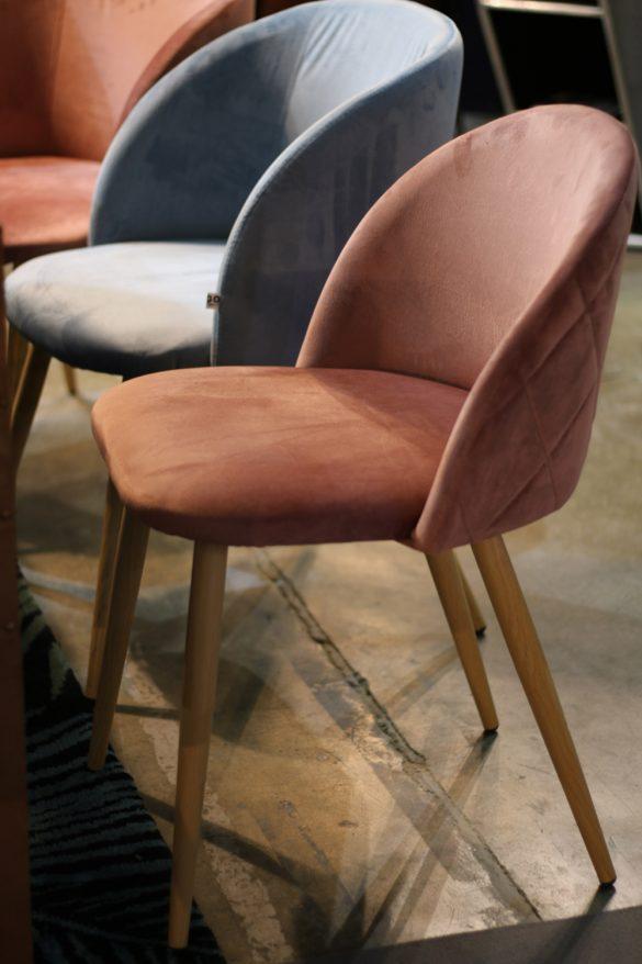 Migo, tapacirane stolice