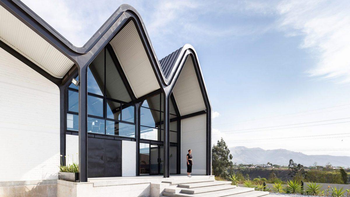 Neobični aluminijumski krovovi glavni adut ovog fabričkog postrojenja