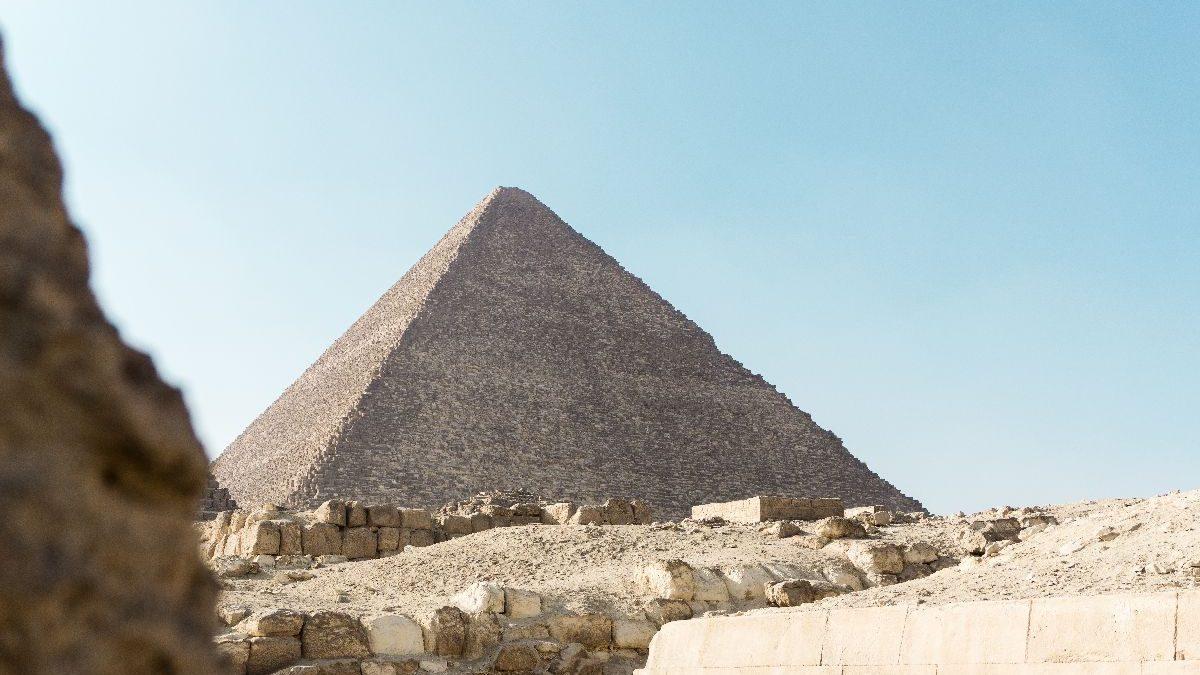 Čestice sa Sunca omogućile da zavirimo u tajne prostorije Keopsove piramide