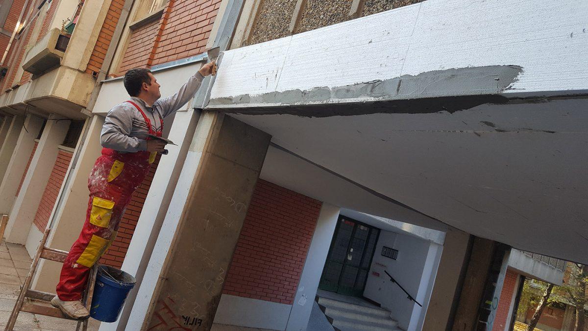 Termoizolacija plafona i zidova: Kako utopliti stan iznad negrejanog prostora