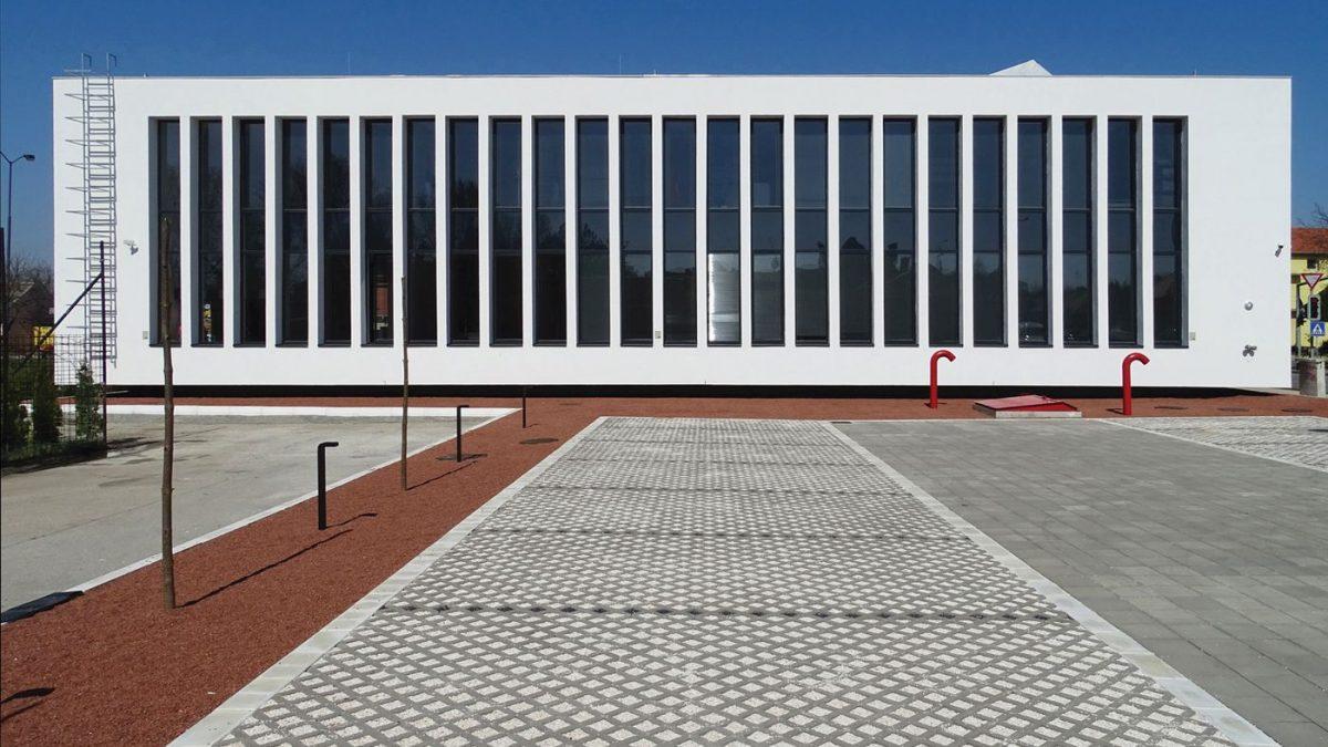 Zgrada Prekršajnog suda u Pančevu / 1X2STUDIO