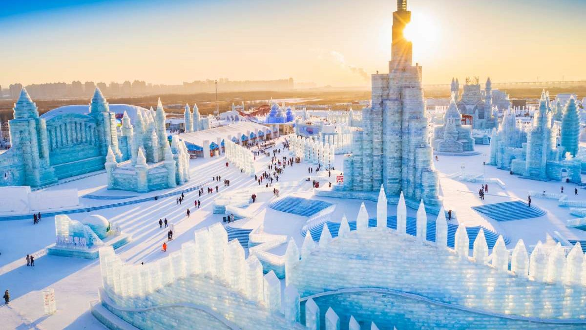 Najveći svetski festival leda otvoren u Kini s arhitekturom da se smrzneš