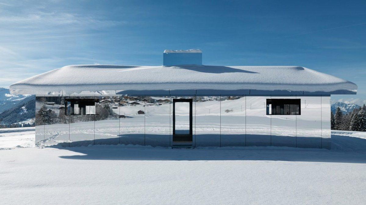 Fascinantna kuća ogledala na Alpima koja reflektuje prirodu