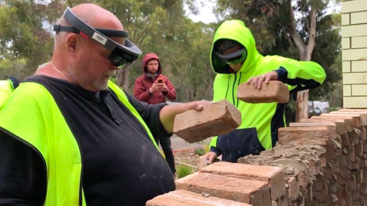 Hoće li zidari na gradilištu uskoro nositi i VR naočare?