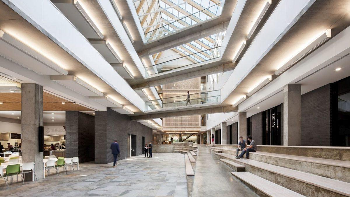 Kako je brutalistička zgrada dobila pripitomljeniji izgled