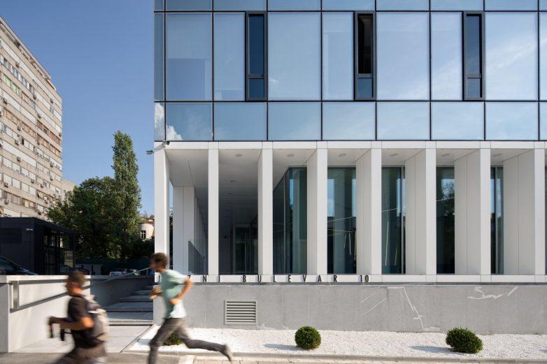 Južni bulevar dobio je novi biser arhitekture; Foto: Relja Ivanić