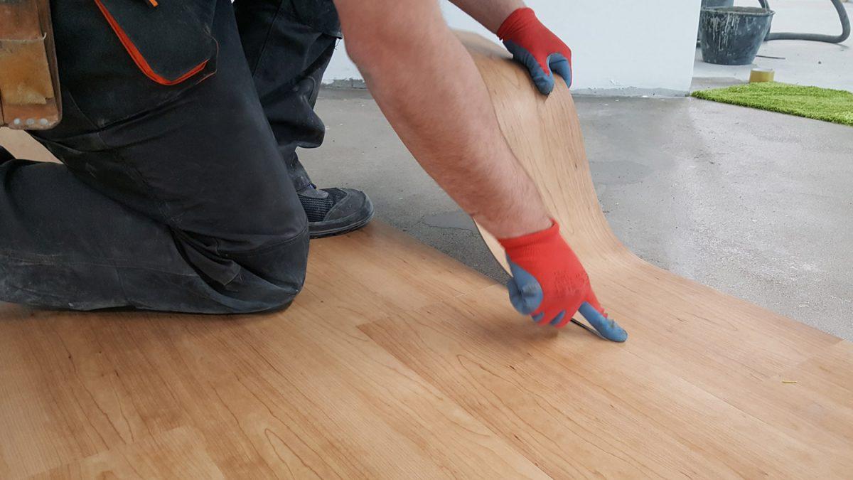 Prednosti i mane vinil ploča: cena i postupak montaže LVT podova