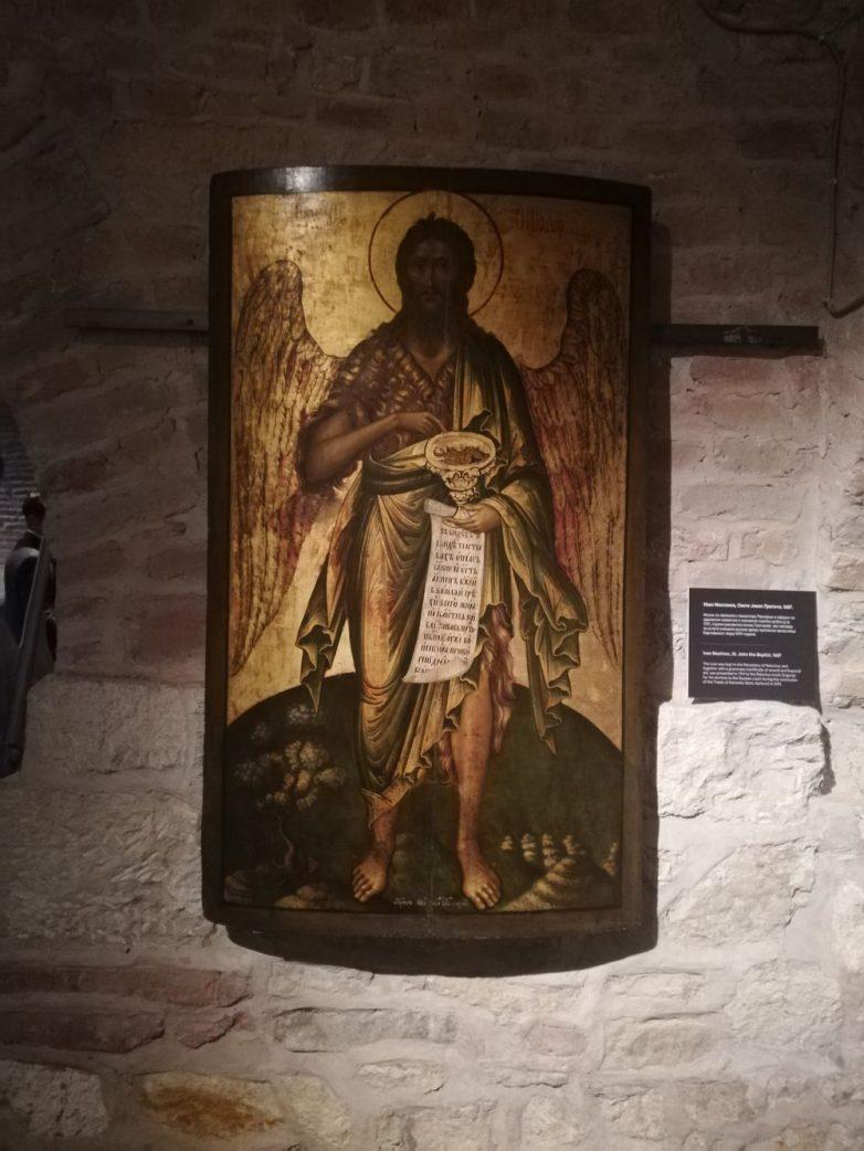 U gradu je podignuto i nekoliko hrišćanskih crkava o čemu svedoče ikone