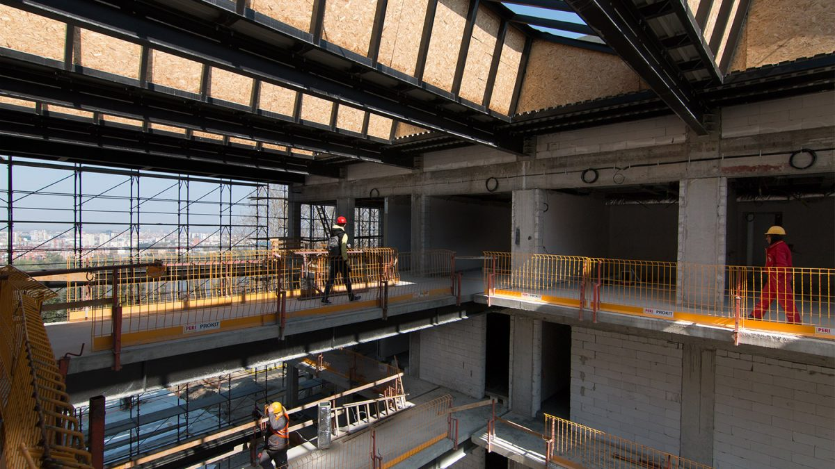 Zavirili smo u novu zgradu RTV sedam i po meseci pre otvaranja
