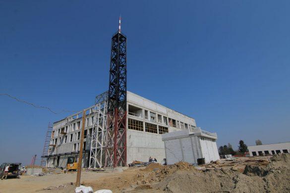 Antenski stub visine od 44 metara; Foto: Igor Conić