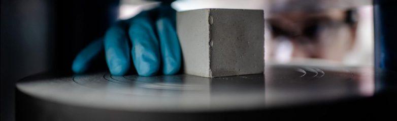 Održivi cement napravljen od ostataka nakon desalinizacije. Foto: NYU Abu Dabi