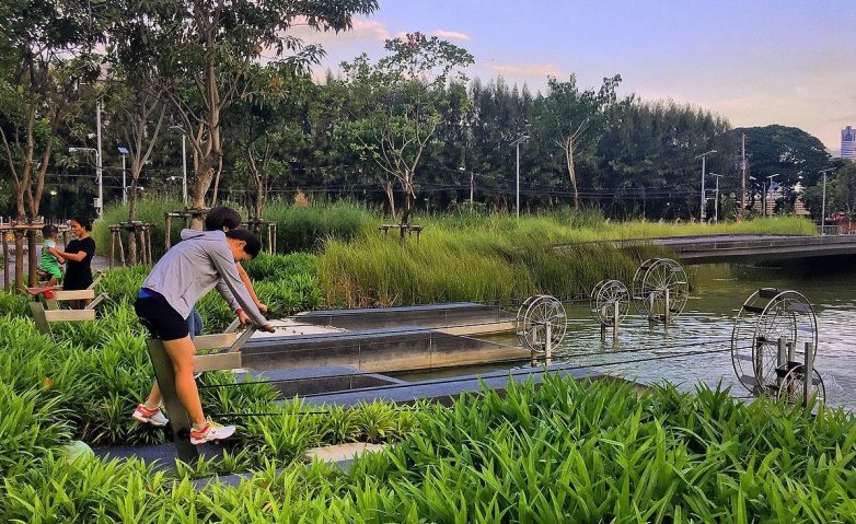 Chulalongkorn Centennial Park u Bankoku. Foto i dizajn: Studio LANDPROCESS