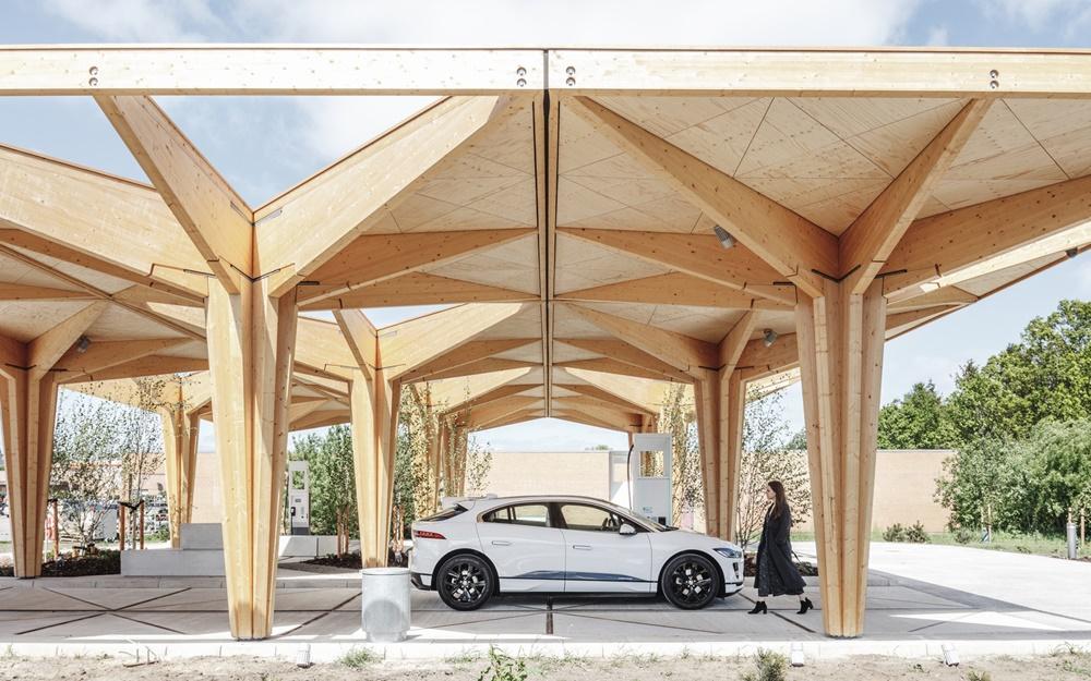 Ekološka stanica za ultra-brzo punjenje električnih vozila pomera standarde održivosti