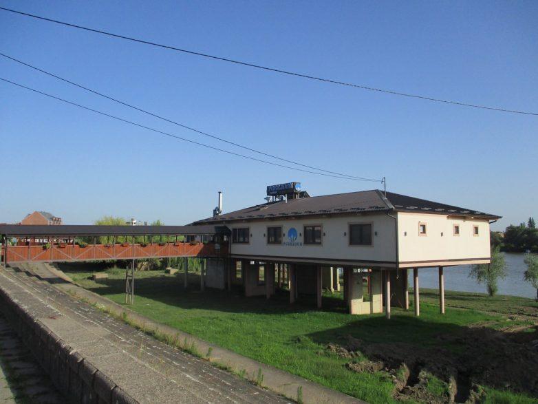 Restoran Posejdon u Sremskoj Mitrovici
