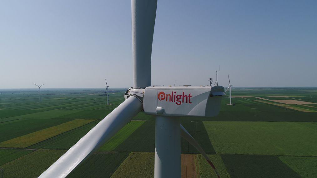 U Kovačici proradio najveći vetropark u Srbiji – zelena energija za 60.000 domova