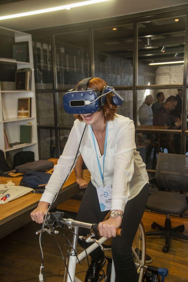 VR iskustvo na štandu Case 3D