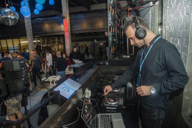 Muzika UnDeeJaya koji je preko dana arhitekta, a preko noći DJ