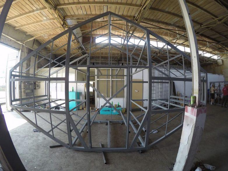Čelična konstrukcija sastavljena je u fabrici...