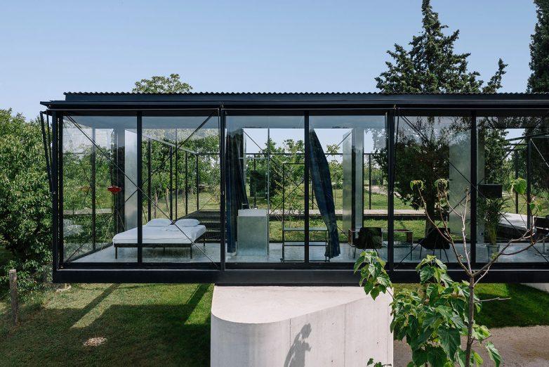 Ova kuća osmišljena je da pruži pun komfor i zabavu svojim korisnicima; Foto: Miloš Martinović